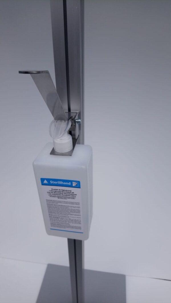 Aluminium desinfectiezuil dichtbij