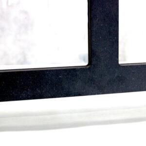 onderkant zwart multiplex scherm